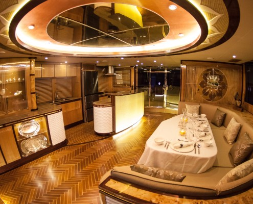 H54-Saloon-Galley-2