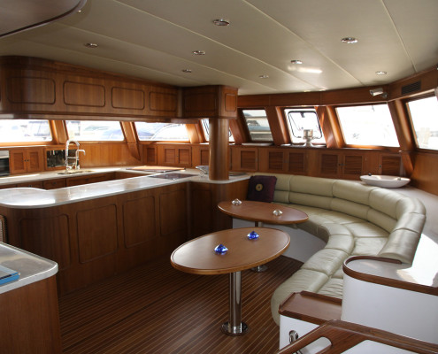 BC-60-4-Saloon-and-Galley