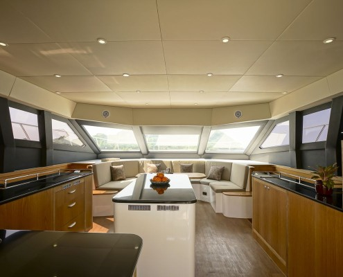 Saloon-Galley